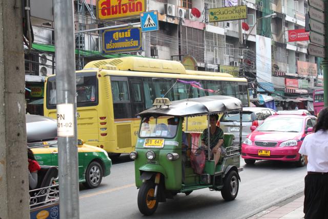 O trânsito caótico de Bangkok
